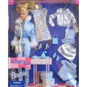 Barbie FASHION FUN Doll & Fashions Gift Set w MIX & MATCH
