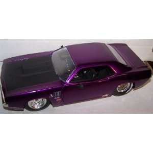 Big Time Muscle 1970 Plymouth Hemi Cuda in Color Purple Toys & Games