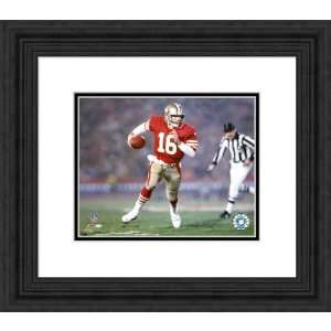 Framed Joe Montana San Francisco 49ers Photograph Kitchen
