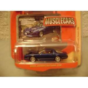 Johnny Lightning Musclecars R16 1987 Chevy Camaro Z28 Toys & Games